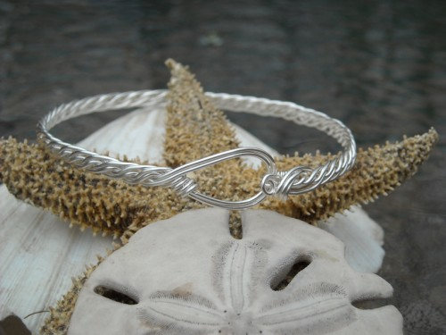 Crocodile Ridge Weave Bracelet - size 7 1/2